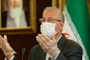 تصاویر | ژستهای متفاوت سخنگوی دولت در حضور خبرنگاران | از ضدعفونی کردن ربیعی تا دردسرهای ماسک!