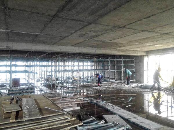 عملیات احداث پارکینگ طبقاتی مینابی