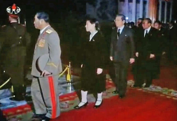 كيم يو جونگ در مراسم خاكسپاري رهبر فقيد كره شمالي