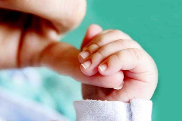 ماما و نوزاد