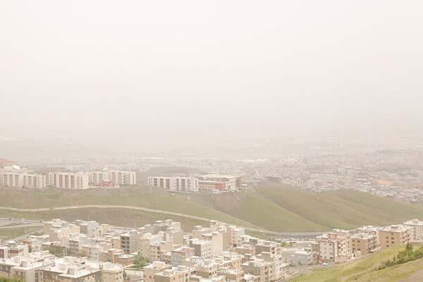 گرد و غبار در زنجان