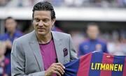 مهاجم پیشین بارسلونا کرونا را شکست داد