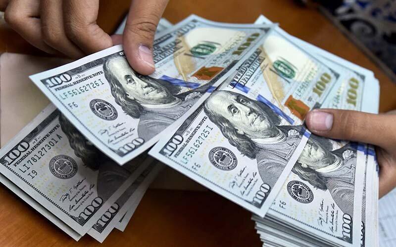 چرا دلار گران شد؟   امیدی به اصلاح بازار ارز وجود دارد؟ - همشهری ...