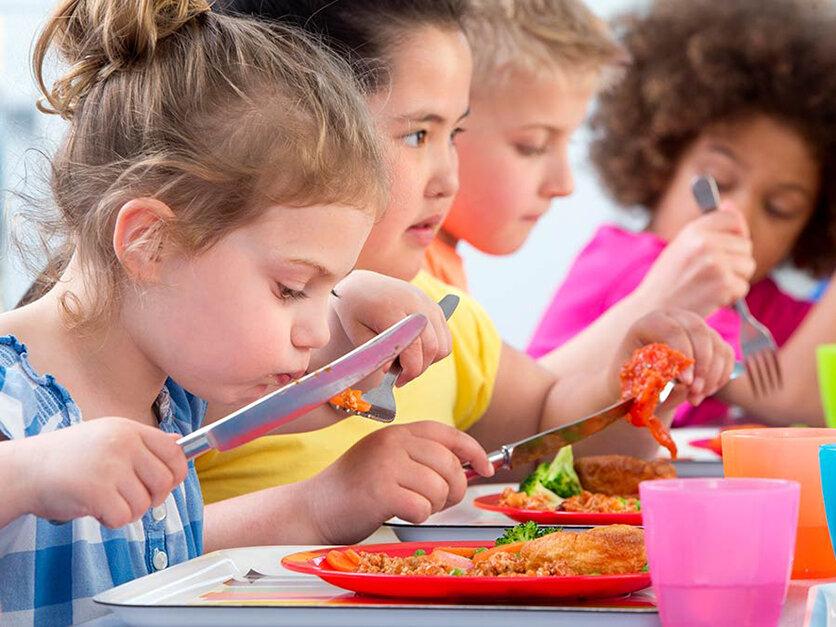 کودکان/ تغذیه