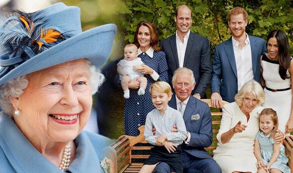خانواده سلطنتي - ملكه