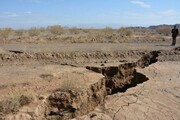 خانهنشینی اجباری ساکنان ۲ روستای ساوه به دلیل رانش زمین