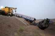 تصویر | خروج قطار مسافربری از ریل در نزدیکیپرند