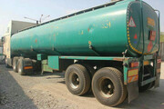 فیلم | بلاتکلیفی کامیونهای حامل سوخت در یزد