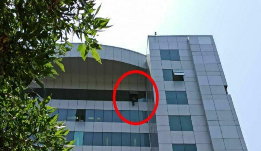 خودکشی در وزارت کار توئیت روابط عمومی