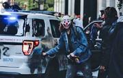 عکس | وقتی آتش جوکر به جان خودروهای پلیس آمریکا میافتد