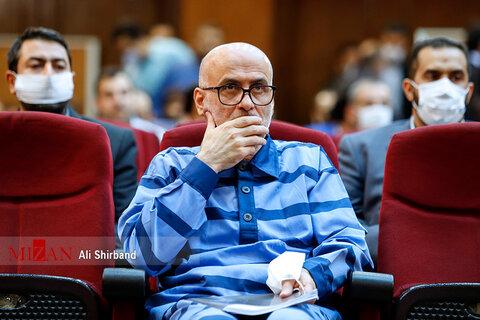 تصاویر نخستین دادگاه اکبر طبری معاون اجرایی سابق حوزه ریاست قوه قضاییه