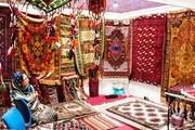 هنرمندان گنبدی در آرزوی بازارچه دائمی صنایع دستی