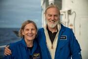 فضا و اقیانوس زیر پای بانویی ۶۸ ساله