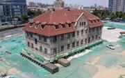 فیلم | جابهجایی خانه ۱۰۰ ساله ۲۶۰۰ تنی