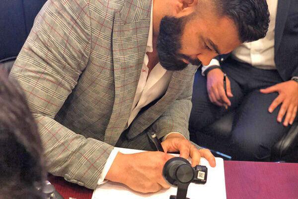 امضای قرارداد جدید علی اکبری برای مبارزه در MMA