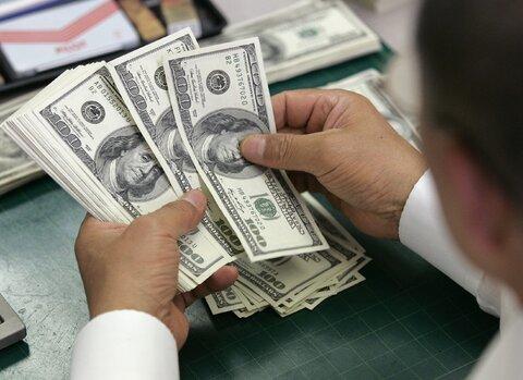 دلار در آستانه کانال ۲۱ هزار تومان | جدیدترین نرخها