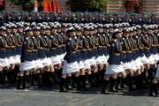 عکس روز| رژه زنان ارتش روسیه