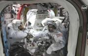 فضانورد اعزامی ناسا آینه لباسش را گم کرد