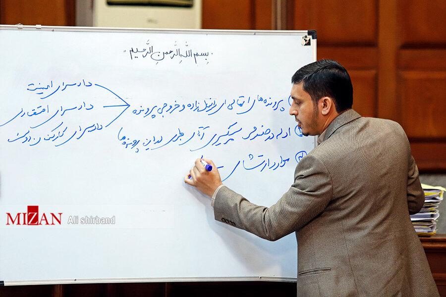 مشروح ششمین جلسه دادگاه اکبر طبری و متهمان دیگر این پرونده