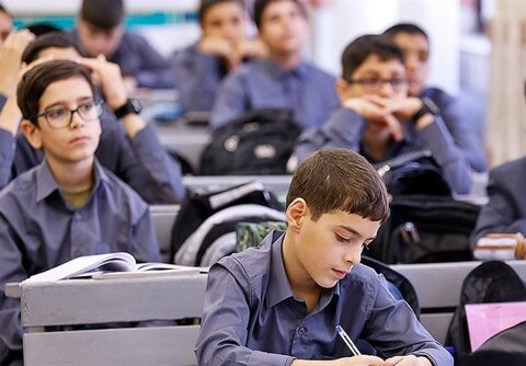 دانشآموزان پایه نهم برای انتخاب رشته باید چه نمراتی بیاورند؟