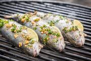 طرز تهیه ماهی کبابی | فوتوفن درستکردن قزلآلای جذابِ تنوری