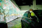 تصاویر | تماشای آثار «ونگوگ» از داخل خودرو