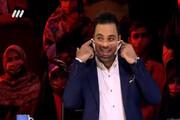 ویدئو | چهره خندهدار داوران عصر جدید با ماسکهای عجیبشان | واکنش تماشاچیان را ببینید