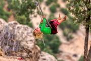 تصاویر | لذتهای متفاوت کودکان روستایی در بهشت کوهرنگ