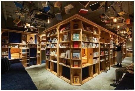 کتاب فروشی خاص ژاپنی