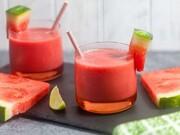 طرز تهیه اسموتی هندوانه؛ یک نوشیدنی خنک تابستانی