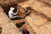 انجام عملیات لایهنگاری تپه باستانی قزلقلعه فراهان
