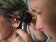 آیا کووید-۱۹ مشکل شنوایی ایجاد میکند؟