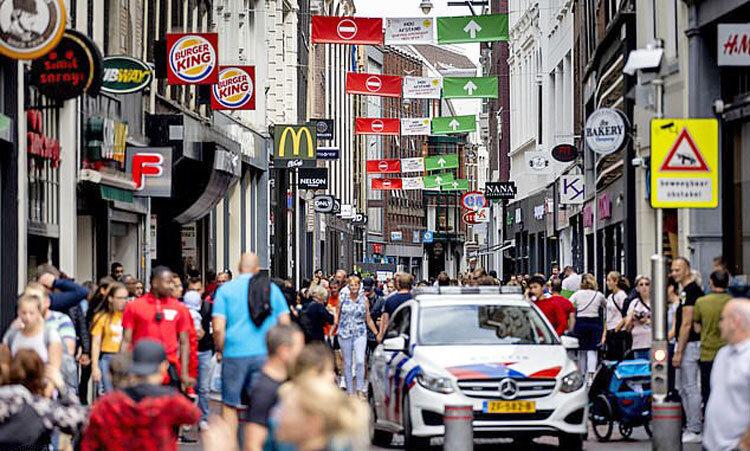 ماسك زدن در هلند اجباري نيست