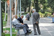 تلاش تامین اجتماعی برای افزایش سن بازنشستگی | شامل چه کسانی میشود؟