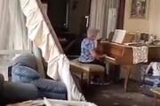 ویدئویی که معاون رئیس جمهور از پیانونوازی یک زن در میانه ویرانههای بیروت مننتشر کرد