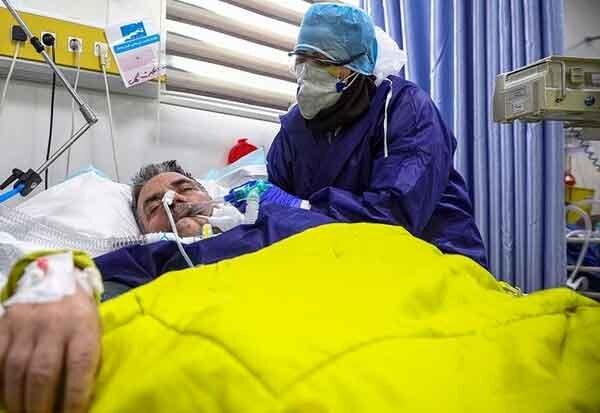 معاون سازمان نظام پزشکی خبر داد: کمبود تخت ICU؛ به مرحله سخت انتخاب بیمار رسیدهایم | افزایش بیماران بدحال کرونا در بیمارستانها
