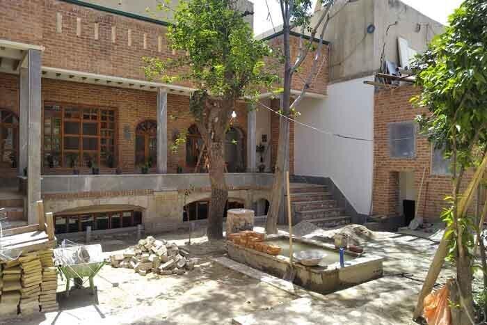 خانه تاريخي ارديبهشت در عودلاجان
