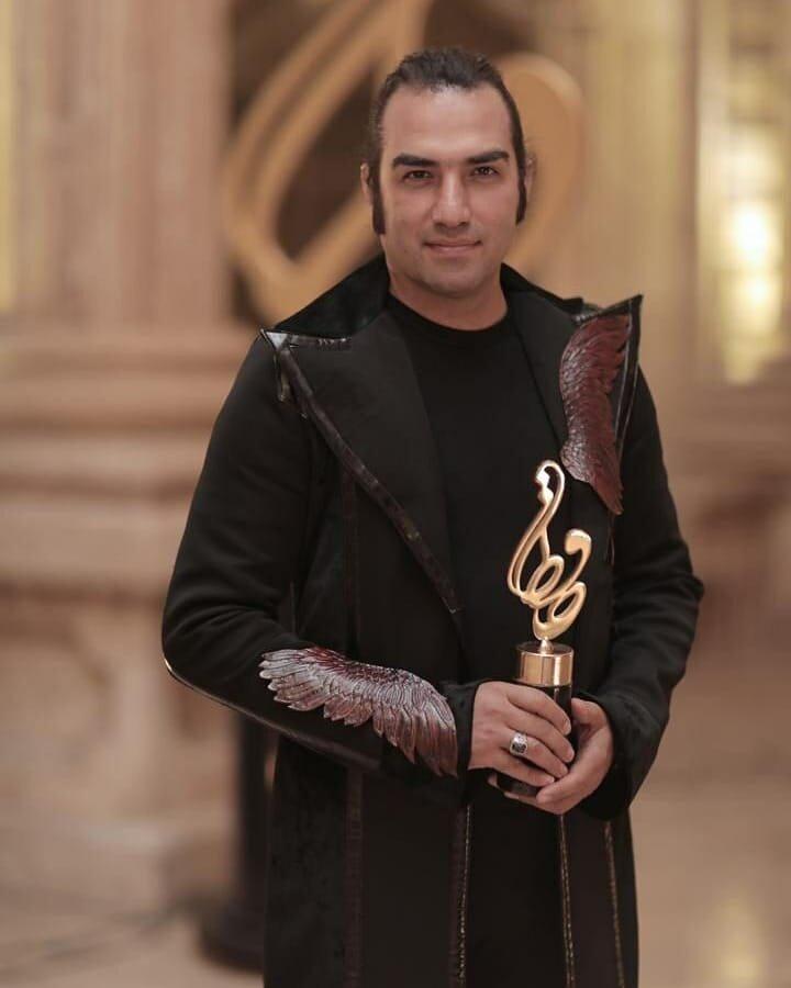 اهدای جوایز بیستمین دوره جشن حافظ - بهترین خواننده تیتراژ: از یادها رفته (رضا یزدانی)
