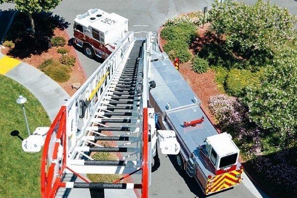 نردبان آتشنشانی