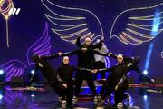 ویدئو   اجرای تماشایی دختران پرواز در عصر جدید