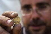 تصاویر | کشف ۴۲۵ سکه طلا در فلسطین