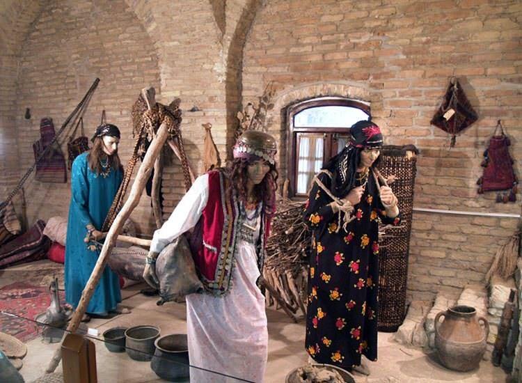 موزه قلعه فلک الافلاک
