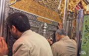 حضور سپهبد شهید قاسم سلیمانی در حرم حضرت اباالفضل العباس(ع)