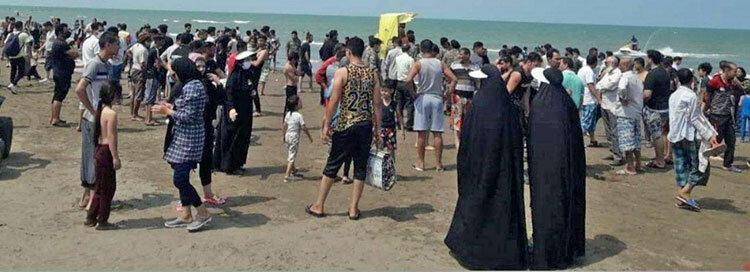 ساحل دریای خزر در ظهر تاسوعا