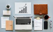 ۶ شغل پردرآمدی که از خانه و بدون نیاز به مدرک دانشگاهی میتوان انجام داد