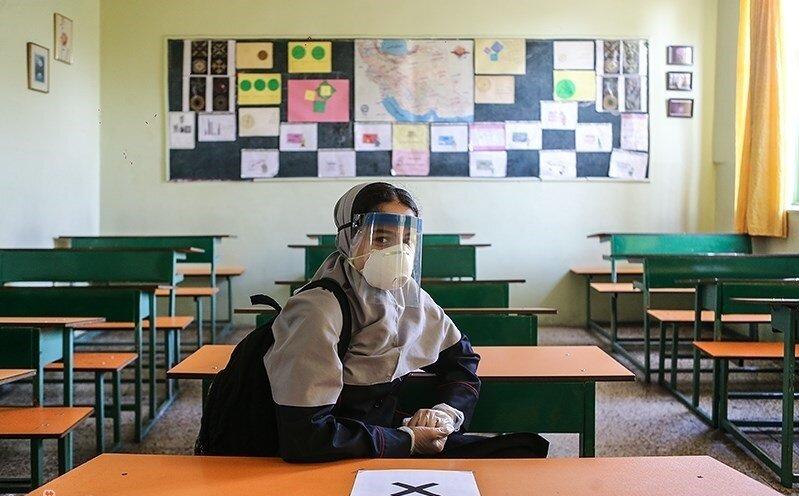 حضور دانشآموزان از اول بهمن اجباری است؟ | چند ساعت باید در مدرسه بمانند؟