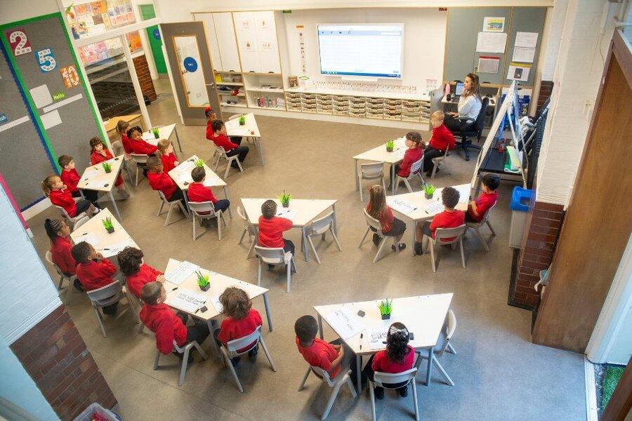 بازگشایی مدارس انگلستان