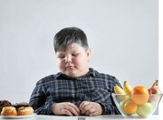 ۳ برابر شدن جمعیت کودکان چاق در ۲۰ سال اخیر | مهمترین دلیل تغییر عادات غذایی کودکان