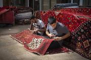 تصاویر | رفوگران بازار فرش تهران