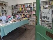 تامین هزینههای سفر با اقامت در یک کتابفروشی اسکاتلندی